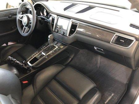White Porsche Macan 2016 for sale in Manila