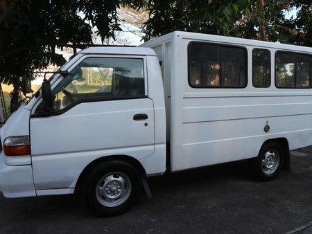White Hyundai Porter 2002 for sale in Manila