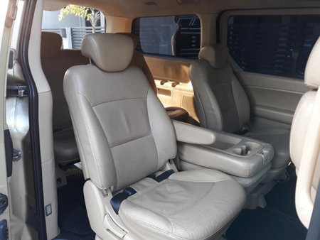 Sell 2011 Hyundai Grand Starex in Quezon City