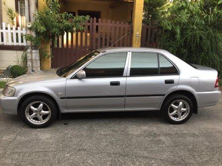 Selling Silver Honda City 2000 in Manila