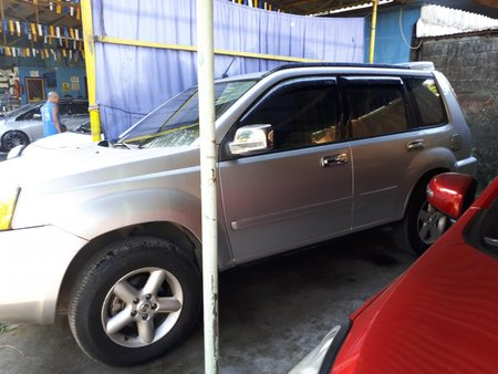 Nissan X-TRAIL SUV 2005 AT 2.3 LE