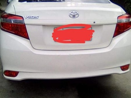 White Toyota Vios 2015 for sale in Manual