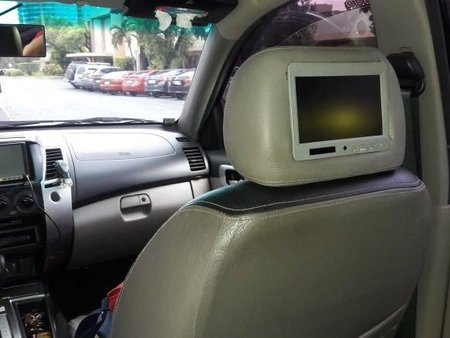 Black Mitsubishi Montero sport 2011 for sale in San Juan