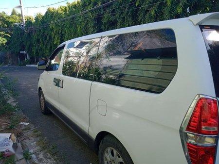 Sell White 2008 Hyundai Grand starex in Manila