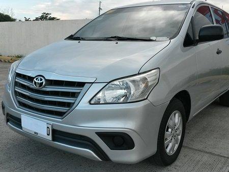 2015 Toyota INNOVA E
