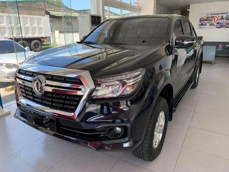 Selling White Mazda 3 0 in Rizal