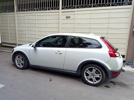 White Volvo C30 2010 for sale in San Juan