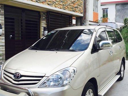 Toyota Innova 2010 E Automatic (Metalic Beige)