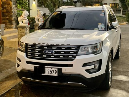 Casa Maintained Ford Explorer 2016 in Makati