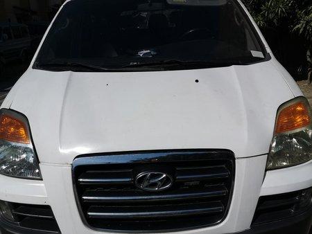Rush sale Hyundai Starex 2010 Automatic