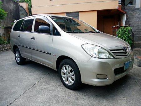 2011 Toyota Innova E