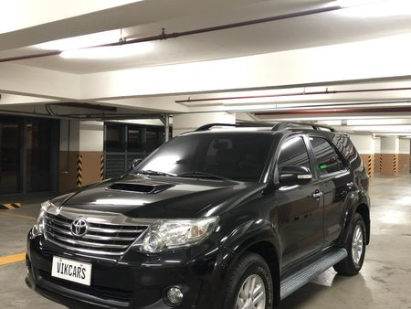 XTREME BLACK 2013 TOYOTA FORTUNER V 3.0L 4x4 TOP OF THE LINE AT LOW PRICE AVAILABLE IN EASTWOOD QC