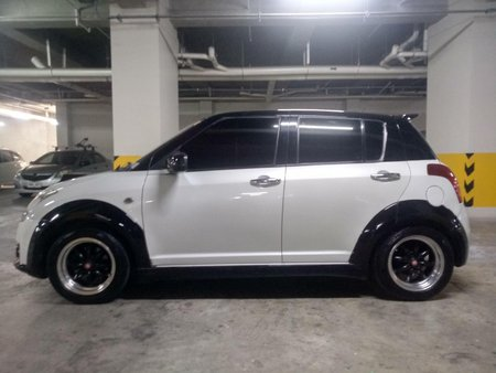 White Suzuki Swift 2010 Hatchback  for sale in Manila