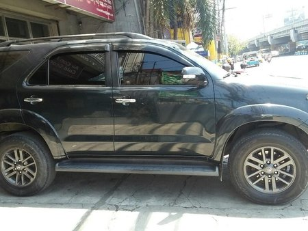 Black Toyota Fortuner 2014 SUV / MPV for sale in Manila