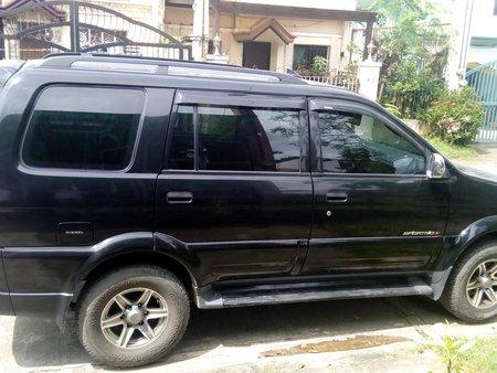 Selling Black Isuzu Crosswind 2013 SUV / MPV in Quezon City
