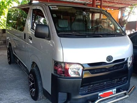2016 Toyota Hiace Commuter 3.0
