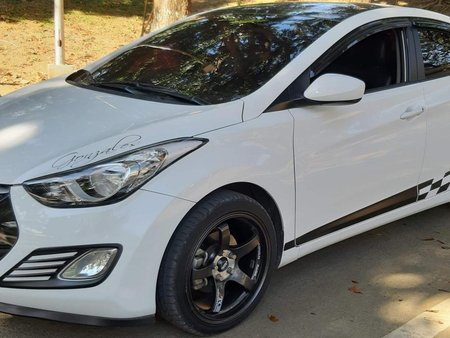 2013 Hyundai Elantra MT