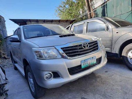 2014 Toyota Hi Lux E 4X2 MANUAL SILVER