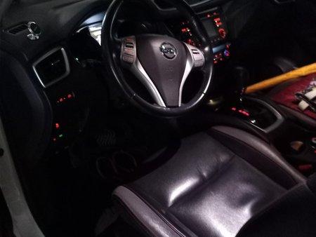 White Nissan X-Trail 2017 SUV / MPV for sale in Quezon City