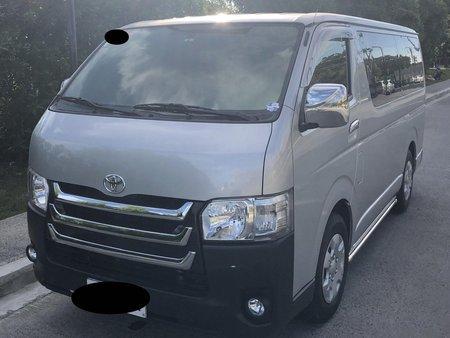 2016 Toyota Hiace Commuter 3.0 MT
