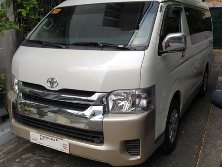 Pearl White Toyota Hiace 2018 at good price for sale in united nations avenue