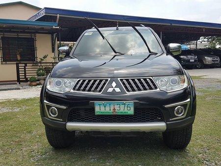 2011 Mitsubishi Montero GLS V