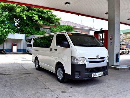 Toyota Hi-Ace Commuter 3.0 2019 MT Super Fresh 988t Nego Batangas Area Manual