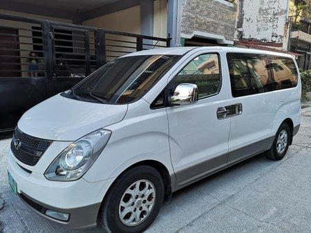 2013 Hyundai Starex