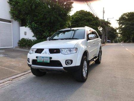 Pearl White Mitsubishi Montero Sport 2013 for sale in Quezon City