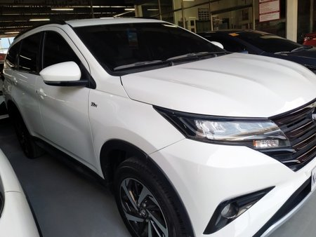 Sell White 2018 Toyota Rush in Caloocan