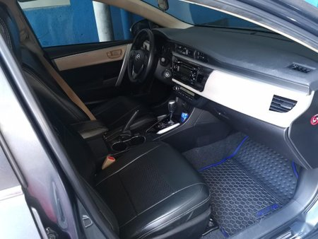 Black Toyota Corolla altis for sale in Palanan