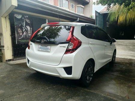 Sell White Honda Jazz in Manila
