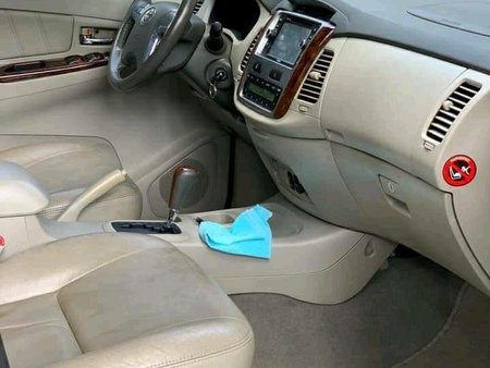 Sell Green Toyota Innova in Quezon City