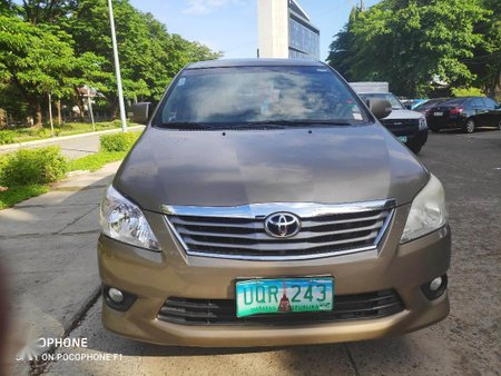 Selling Grey Toyota Innova for sale in Taguig