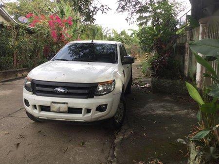 Sell White 2015 Ford Ranger in Manila