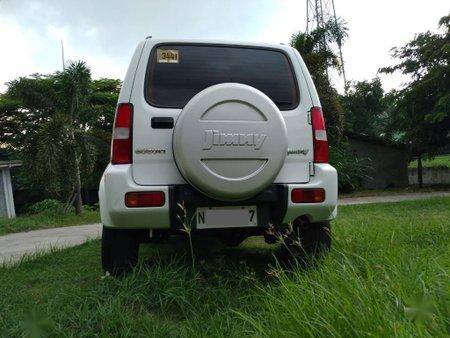 White Suzuki Jimny for sale in Noveleta