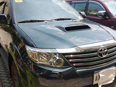 Sell Black 2015 Toyota Fortuner in Pasig