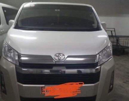 Sell White Toyota Hiace in Manila