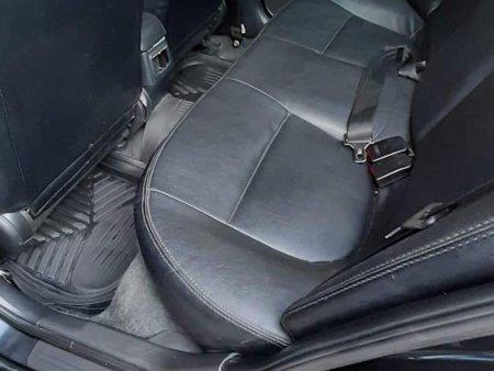 Sell Black Nissan Sentra in Palayan
