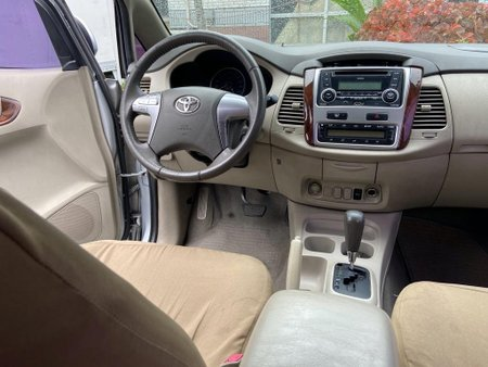 Sell Silver 2014 Toyota Innova in Subic