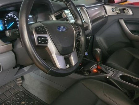 Sell Red Ford Everest in Quezon City