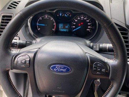Sell White Ford Ranger in Manila