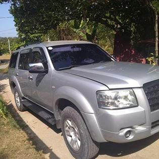 2009 Ford Everest Silver, 2.5L Diesel, MT 457K, still negotiable