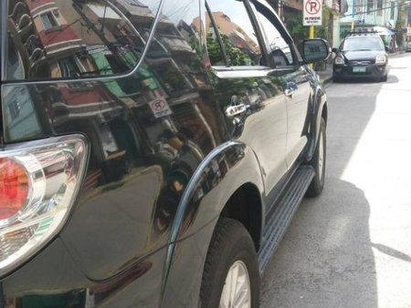 Sell Black 2014 Toyota Fortuner in Mandaluyong