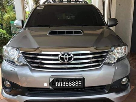 TOYOTA FORTUNER V 2015 CHARCOAL GRAY