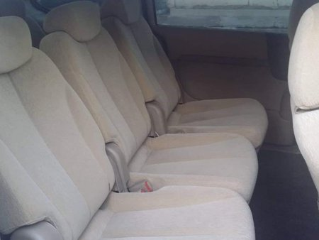 Sell White Kia Grand carnival in Angeles