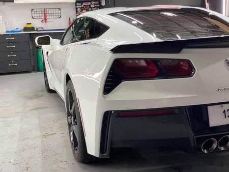 Sell White 2015 Chevrolet Corvette Stingray in Manila
