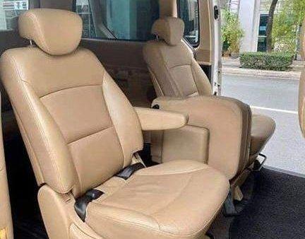 White Hyundai Starex 2013 for sale in Cainta