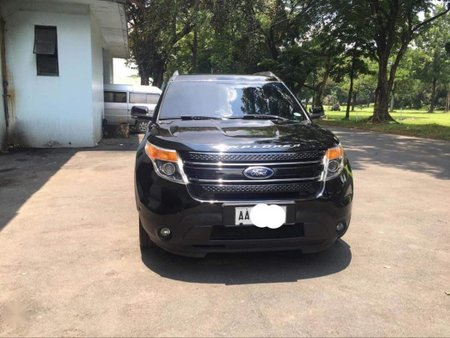 Selling Black Ford Explorer in Quezon City