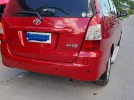 Sell Red Toyota Innova in Angeles